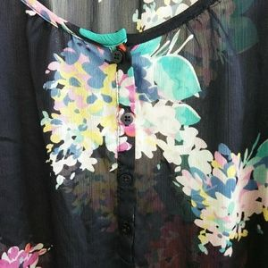 American Eagle Outfitters Tops - American Eagle Outfitters Sheer Floral Top